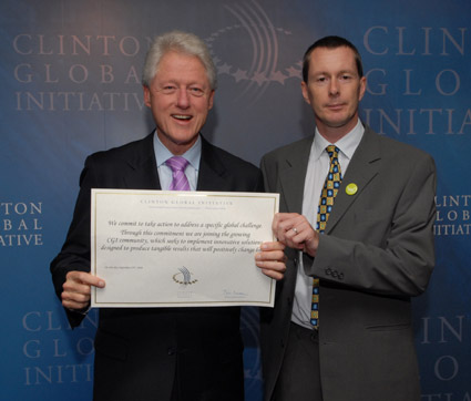 kiwanja-President-Clinton-CGi2008