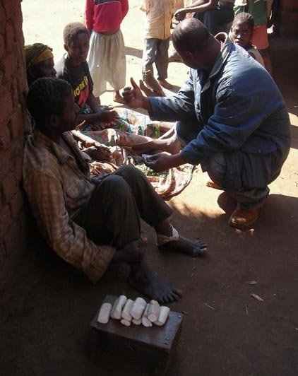 Photo: Mobiles in Malawi/Jopsa.org