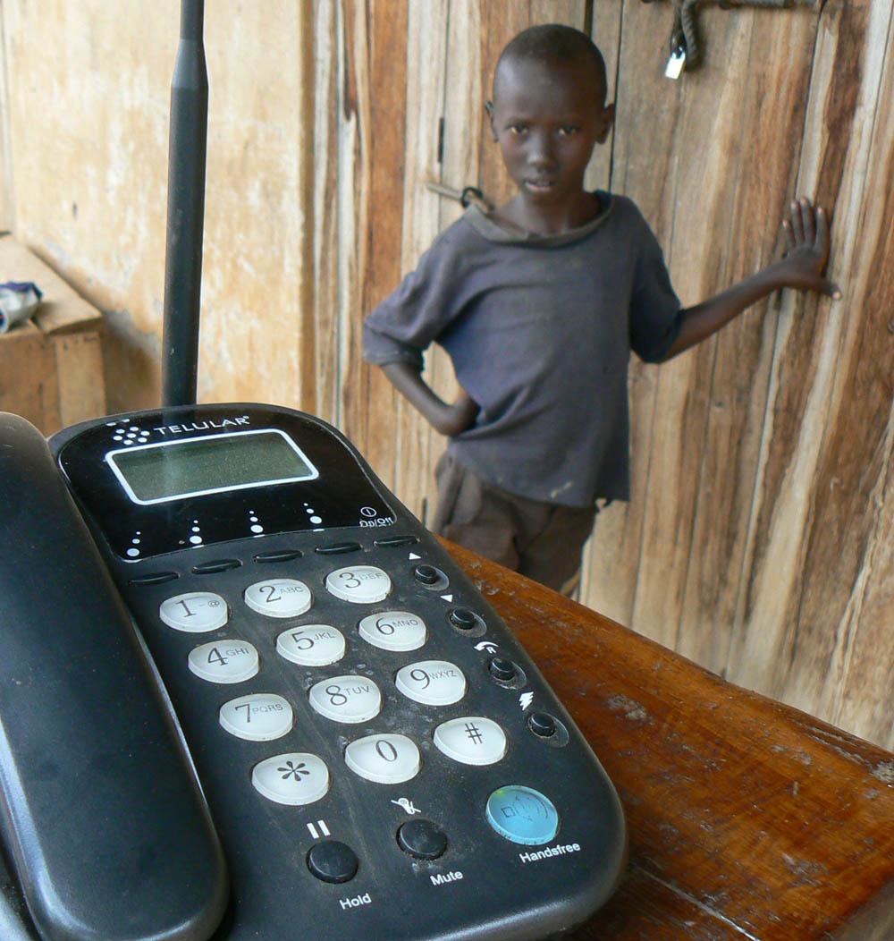ugandadeskphone